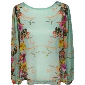 Romeo & Juliet Couture top size L